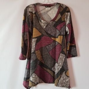 NWT geometrical print brushed 3/4 sleeve knit top